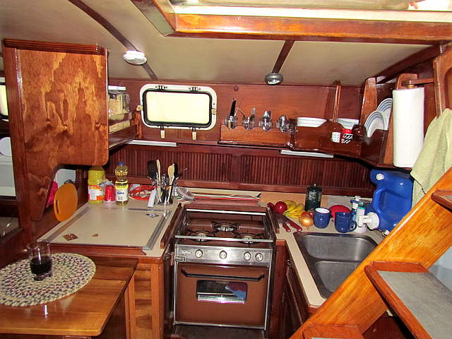 A really good galley design page 2 cruisers sailing for Galley kitchen storage solutions